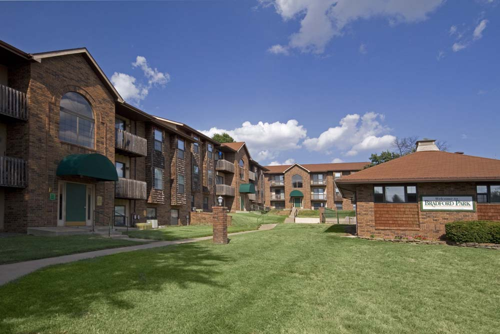 Bradford Park Apartments | The Wooten Company
